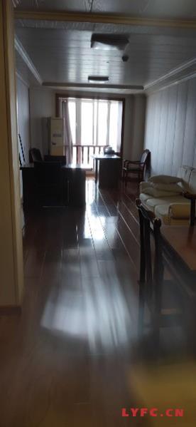 平陵大厦办公室出租17/32楼70平米2100元月现代新装修设施齐全111型一手