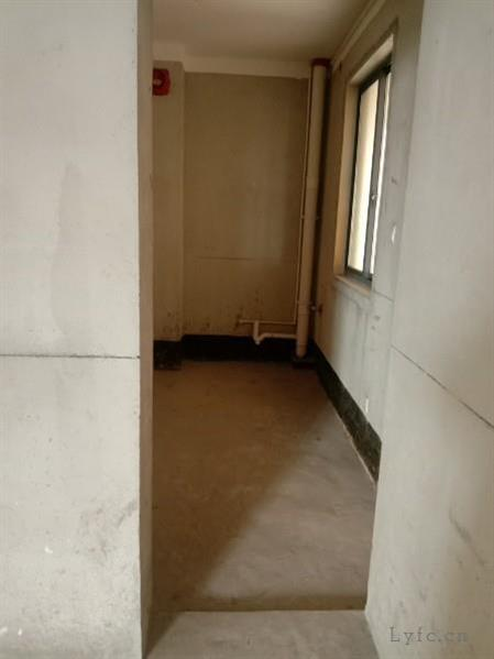 翰林苑毛坯3房/2厅/1卫朝南好房129.8万