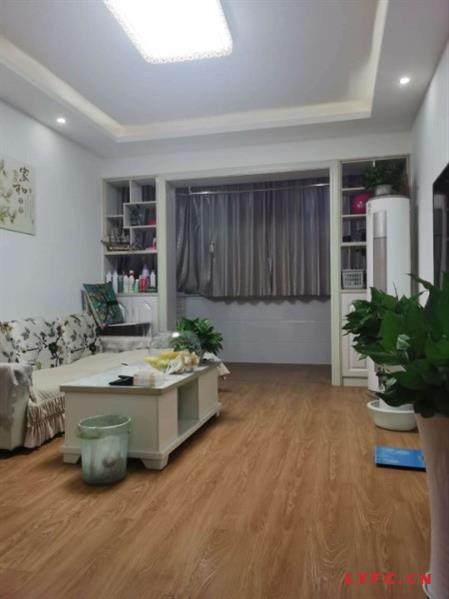 昆仑花园外5区5楼83.4平方正3室套型现做两室可改3室豪华装修80.8万一手