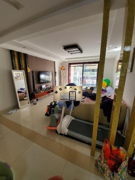 超划算阳光城市北香园2楼122平米三室两厅一卫精装修送车位