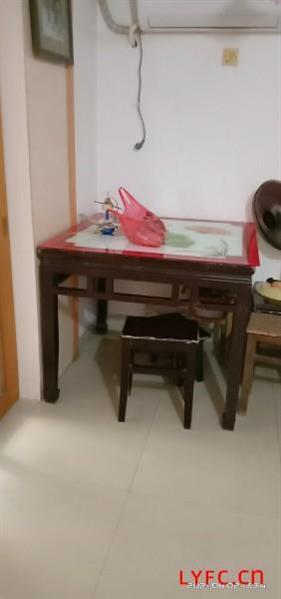 海棠花园简装1房/1厅/1卫朝南好房40平有天然气独立厨卫650元/月