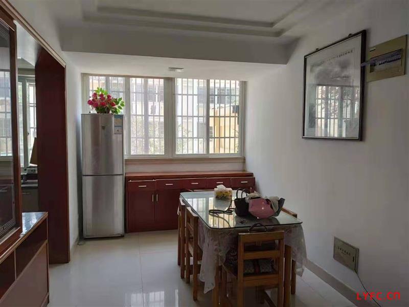 福阳山庄豪装3房/2厅/2卫朝南好房156.8万
