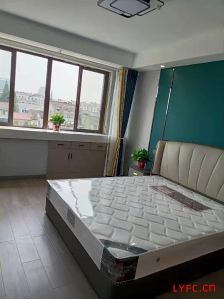 一手甘露茗苑二区5楼136平米三室两厅两卫,第一排景观位置